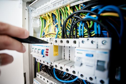 Electrician in Singapore